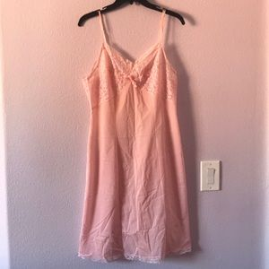 Vintage light pink slip